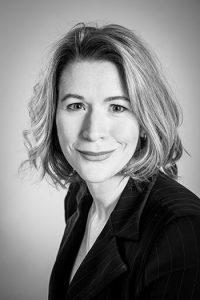 Porträtt av Janet Cunningham, specialistpsykiater och docent och verksam vid Psykiatrins hus, Akademiska sjukhuset. Foto: Angelica Klang