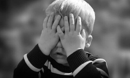 Tuff barndom ökar risken för sämre livsvillkor