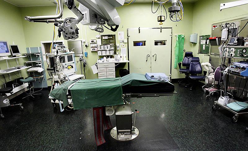 Gynekologer negativa <br/>till rekonstruktiv kirurgi för könsstympade